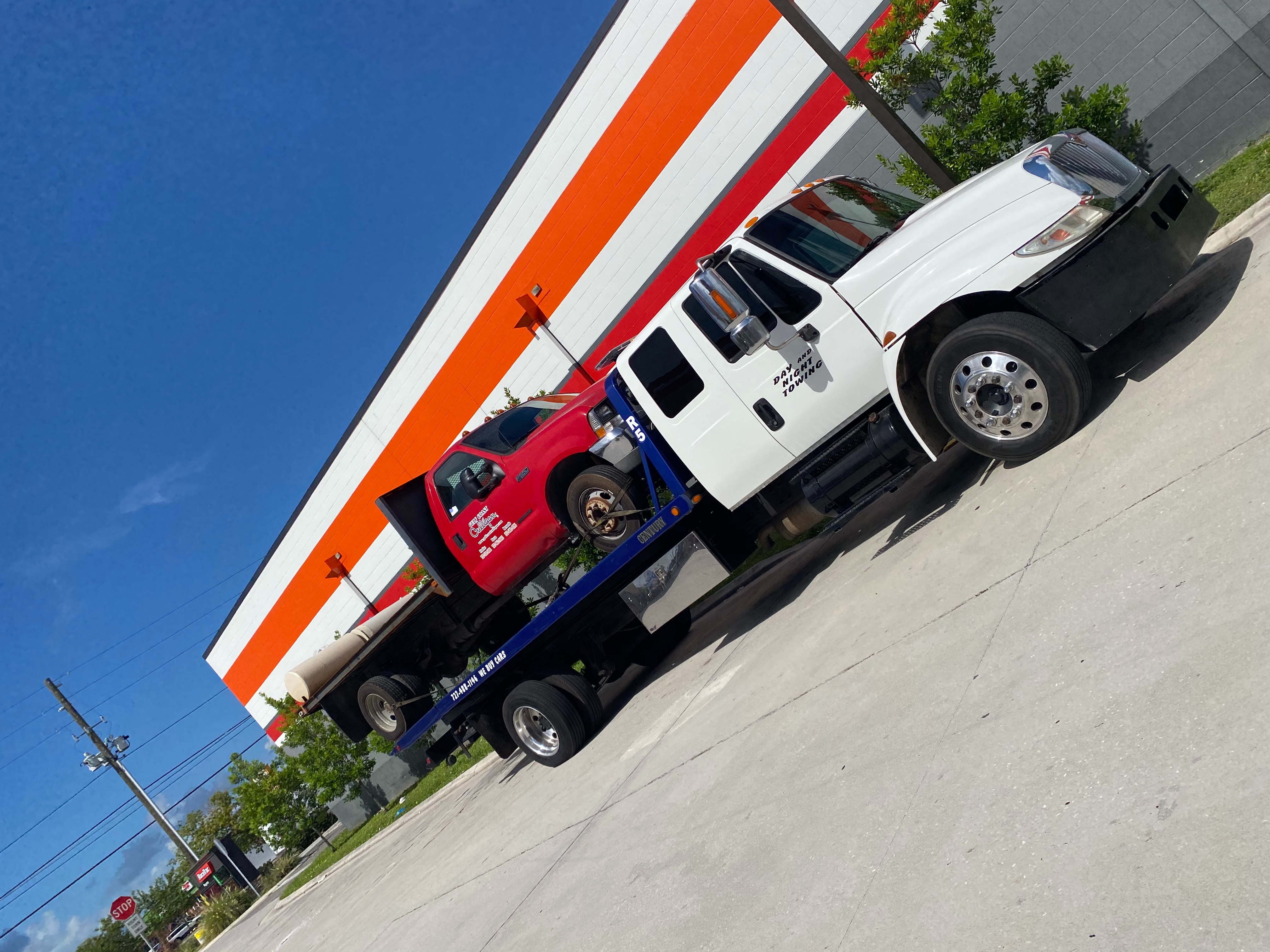Day and night towing  Towing.com Profile Banner