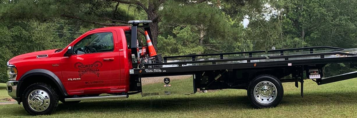 Hooked Up Towing and Recovery Towing.com Profile Banner