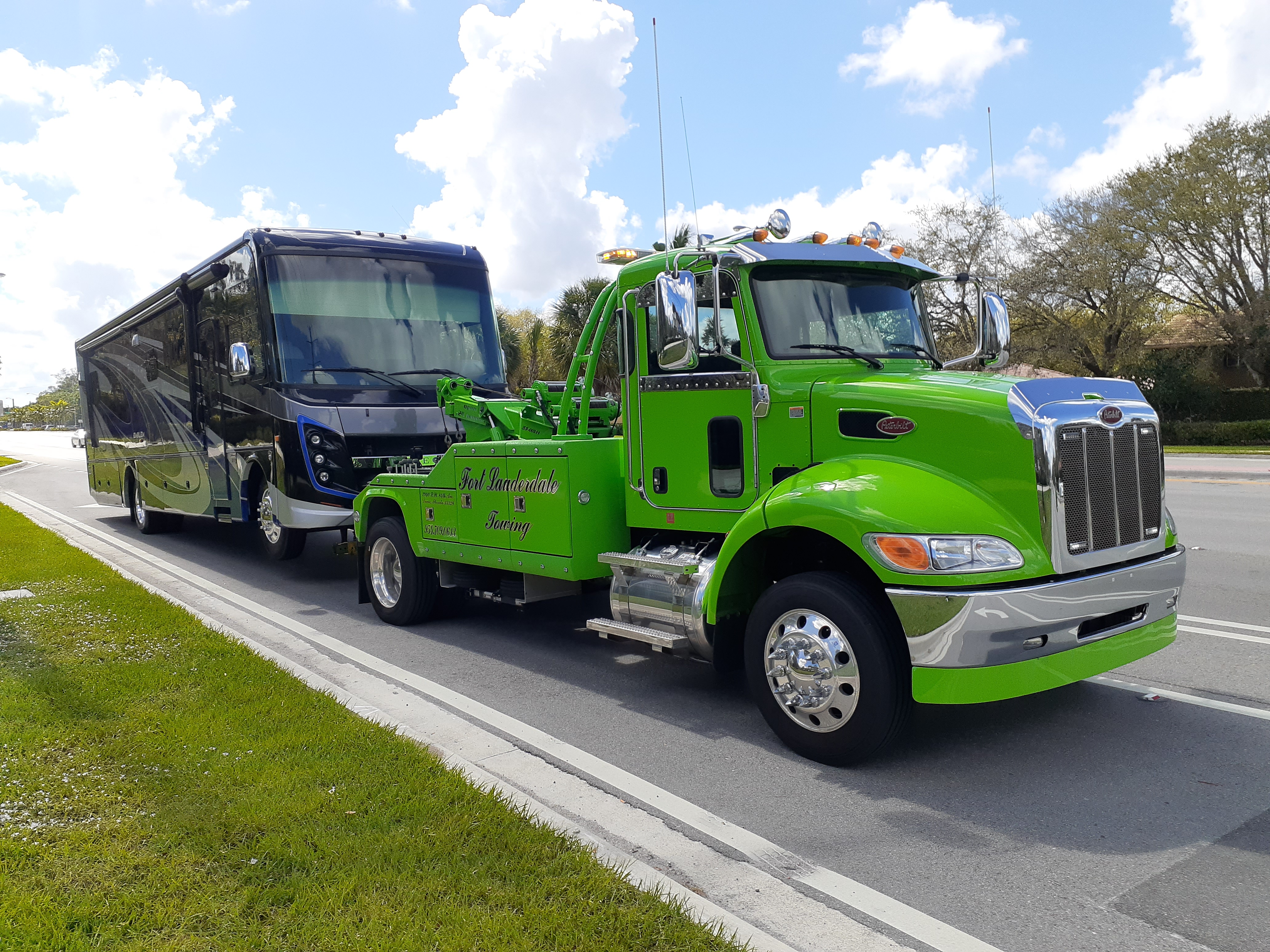24 Hour Fort Lauderdale Towing Services Towing.com Profile Banner