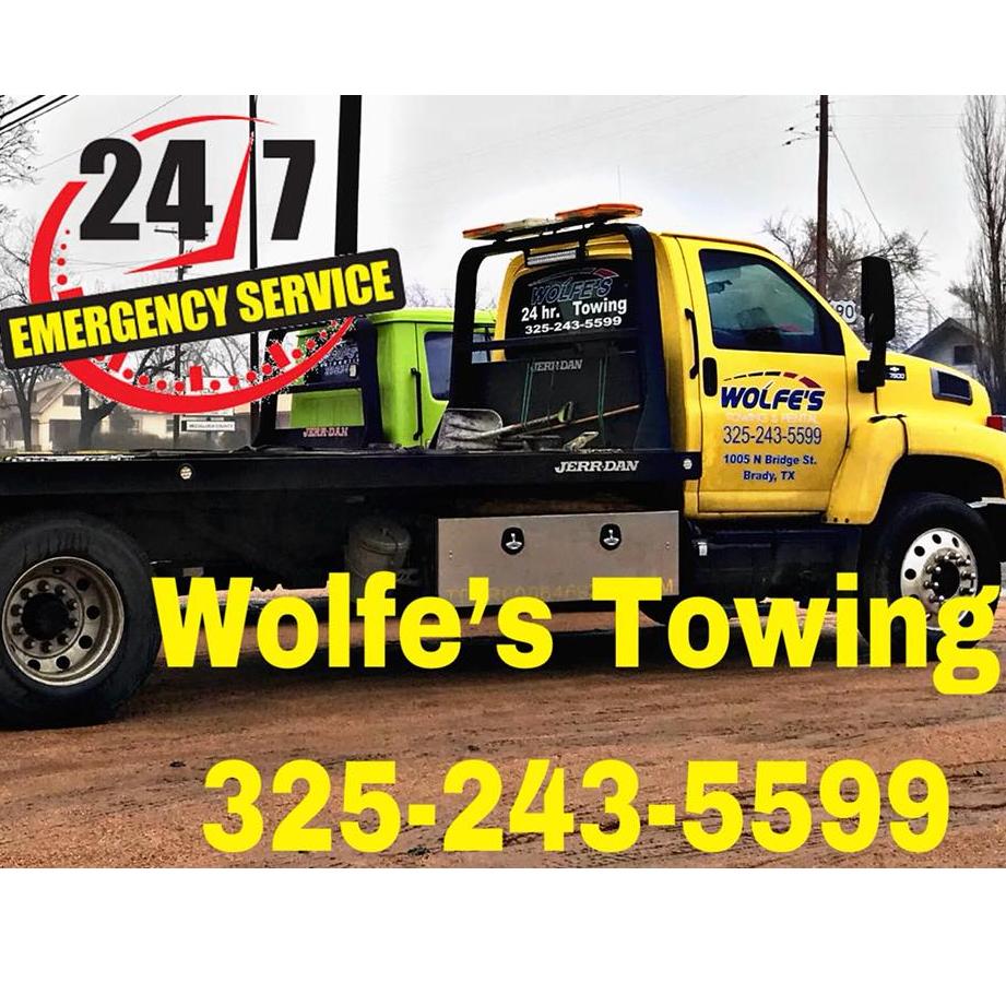 Wolfe's Towing & Rental logo