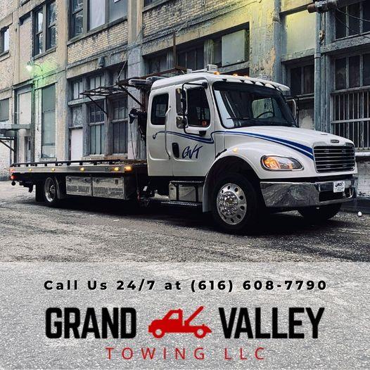 Grand Valley Towing LLc logo